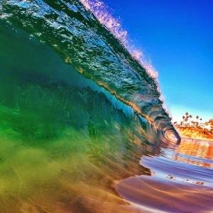 ocean roaring