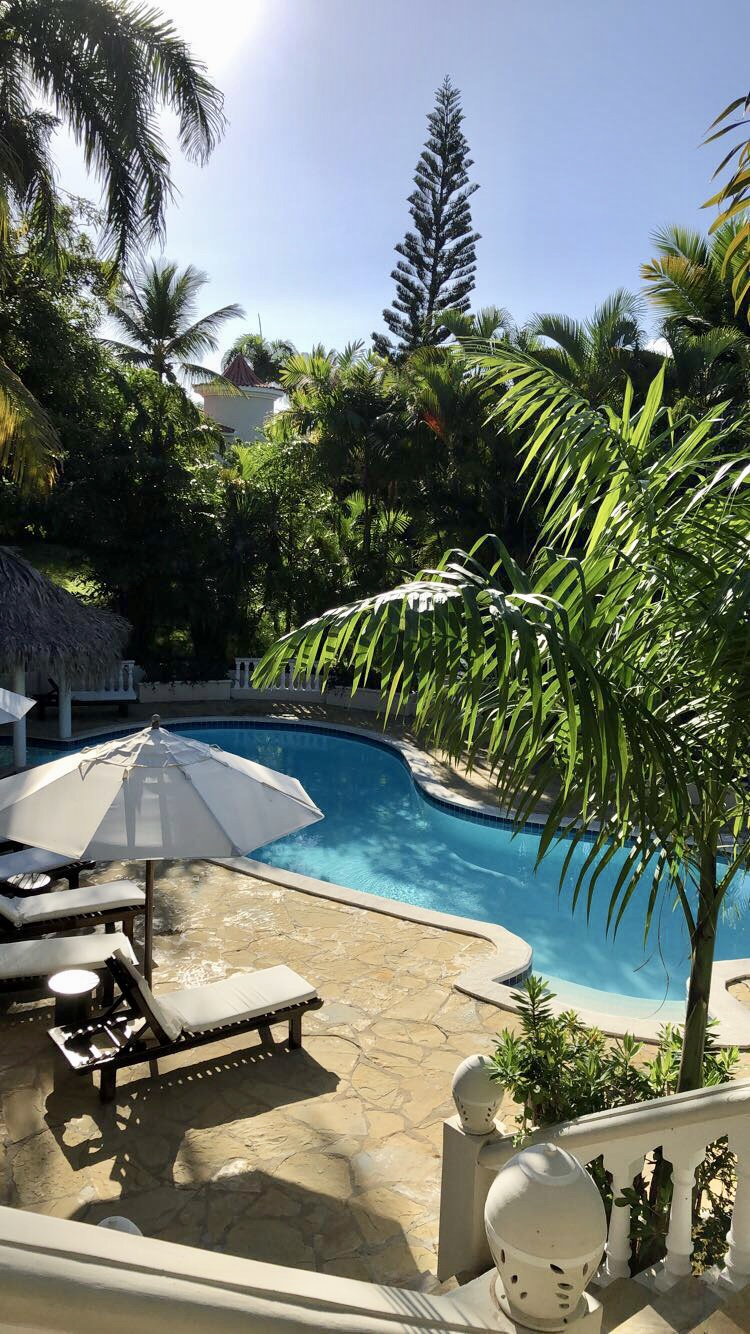 Pool in third villa